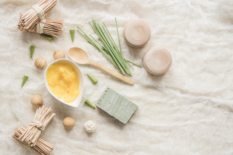 5 produktów do mycia, które nadają się niemal do każdej cery