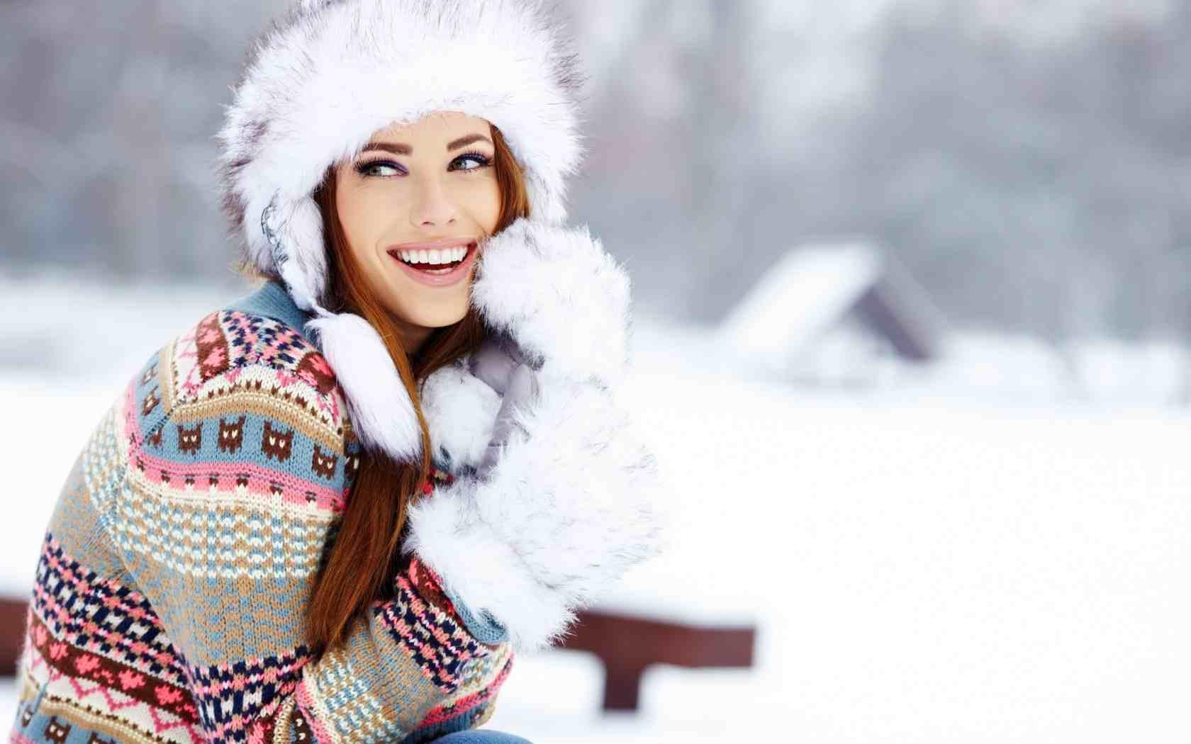 Błędy, których Twoja skóra Ci nie wybaczy zimą!